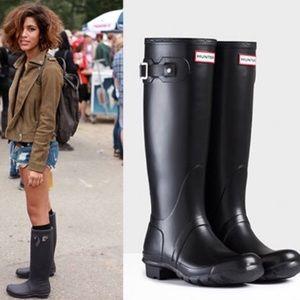 Hunter rain boots LIKE NEW